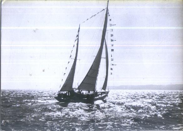 morze-jacht-f-22-533-1963